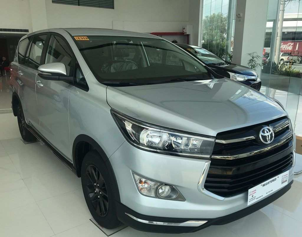 18 New 2020 Toyota Innova 2018 Spy Shoot with 2020 Toyota Innova 2018