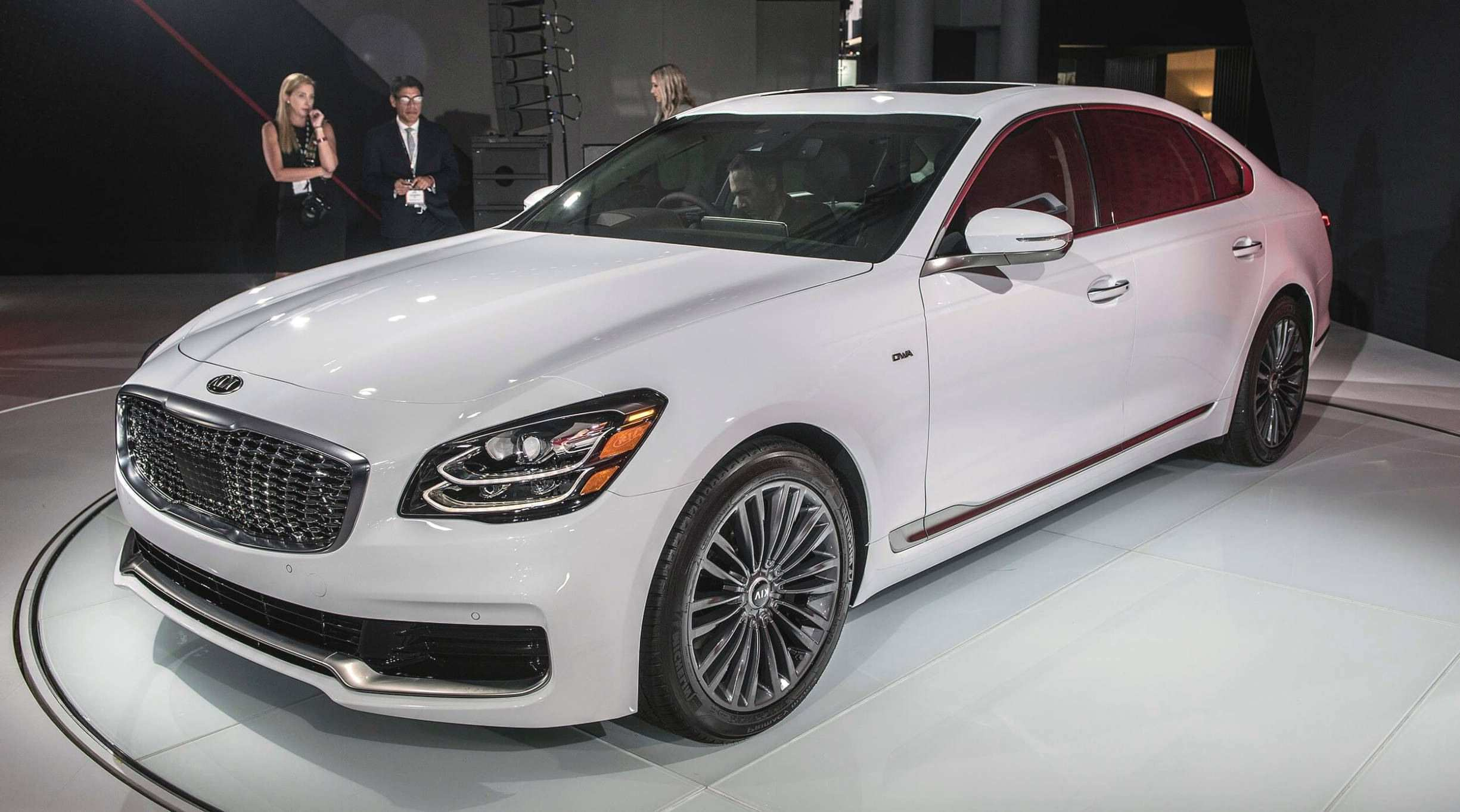 22 Gallery of 2020 Kia K900 Specs and Review for 2020 Kia K900