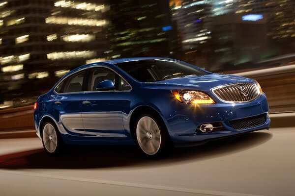 24 The 2020 Buick Verano Interior with 2020 Buick Verano