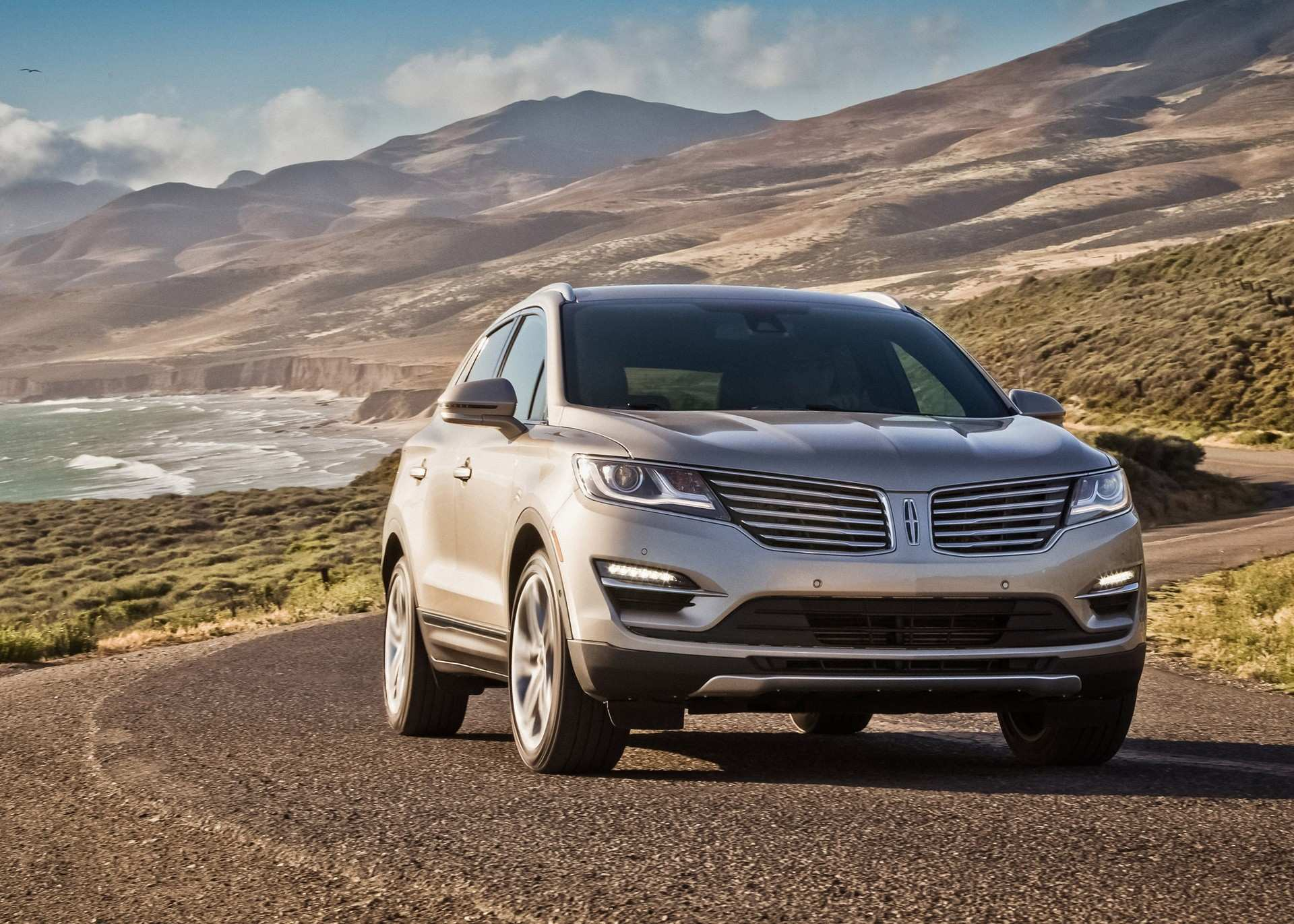 26 Gallery of 2020 Lincoln MKX Images by 2020 Lincoln MKX