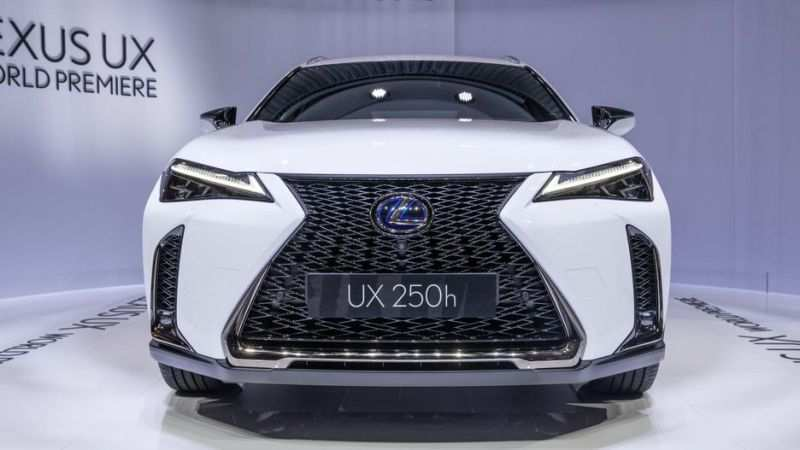 28 All New 2020 Lexus Ux 250H Spy Shoot with 2020 Lexus Ux 250H
