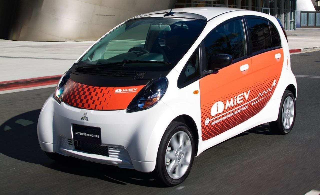 33 Concept of 2020 Mitsubishi I MIEV Interior with 2020 Mitsubishi I MIEV