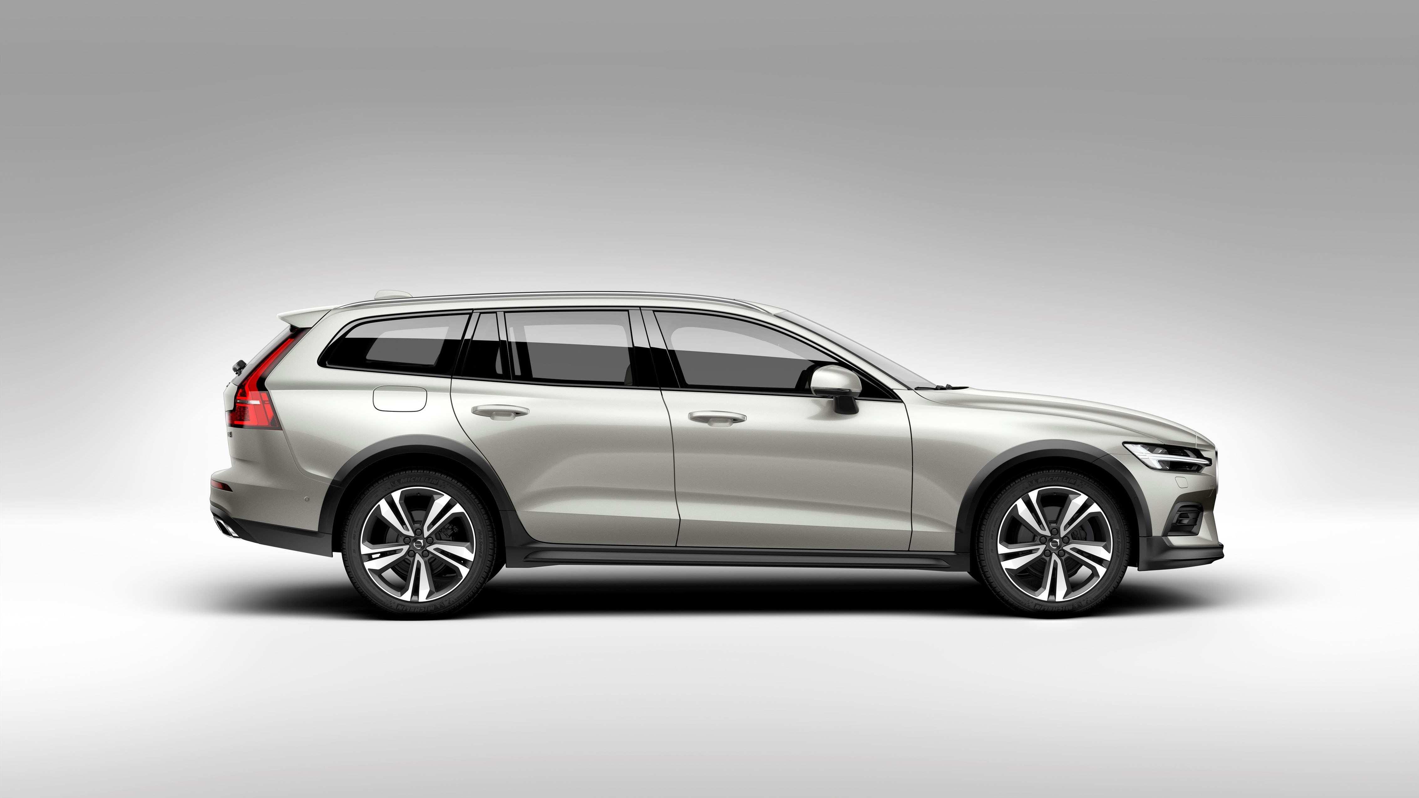 44 All New 2020 Volvo V60 Cross Country Exterior for 2020 Volvo V60 Cross Country