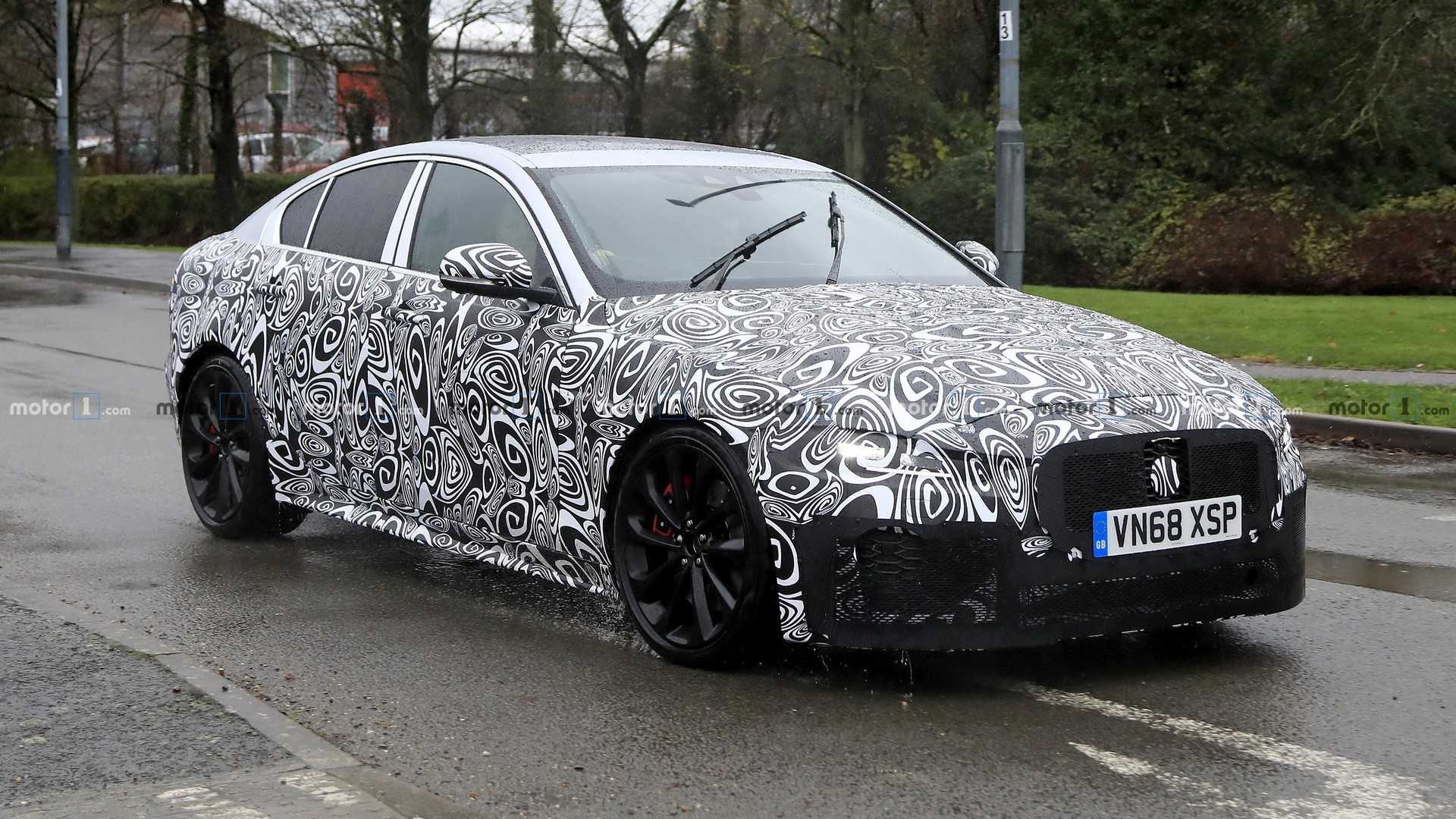 45 Great 2020 Jaguar Xe Sedan Exterior and Interior for 2020 Jaguar Xe Sedan