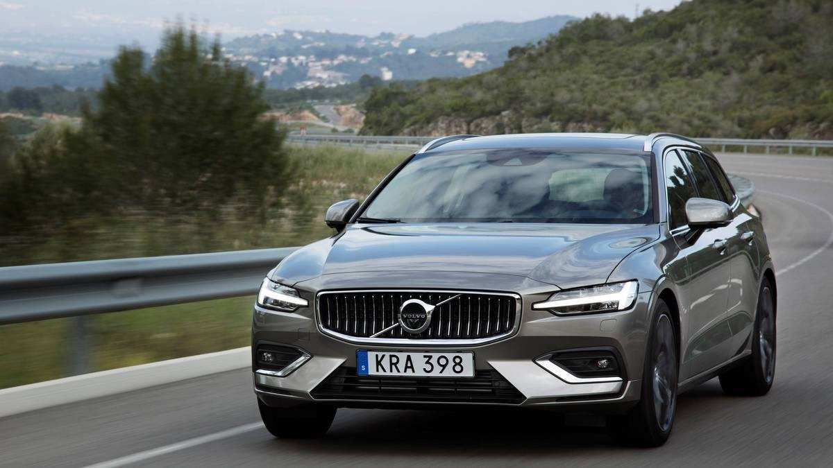 48 Gallery of 2020 Volvo V60 Length Speed Test for 2020 Volvo V60 Length