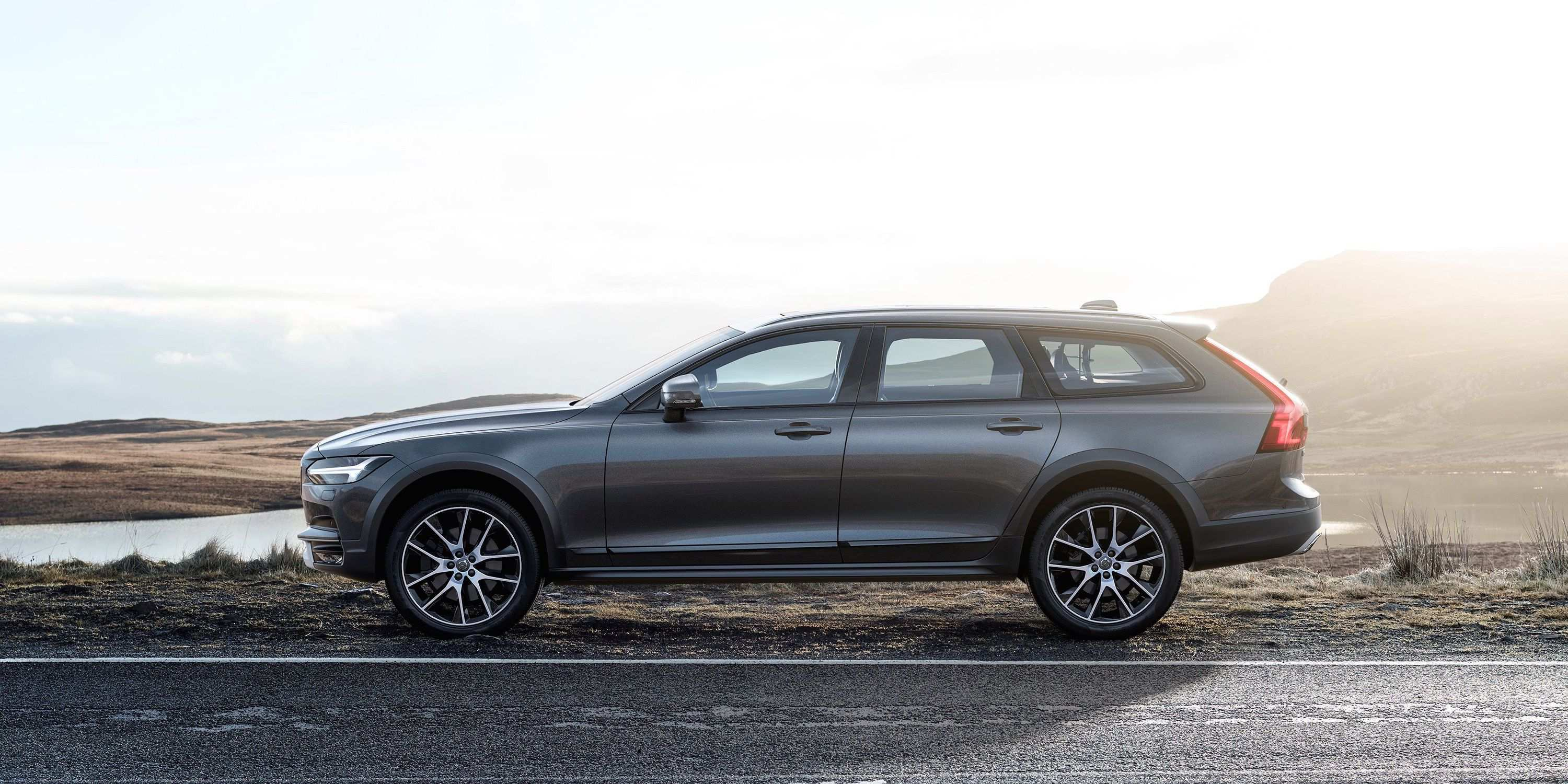50 All New 2020 Volvo Xc70 New Generation Wagon Speed Test by 2020 Volvo Xc70 New Generation Wagon