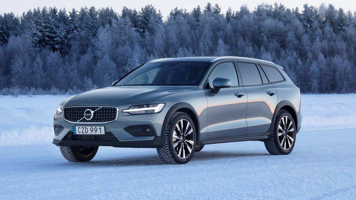 52 Great 2020 Volvo V60 Cross Country Overview for 2020 Volvo V60 Cross Country