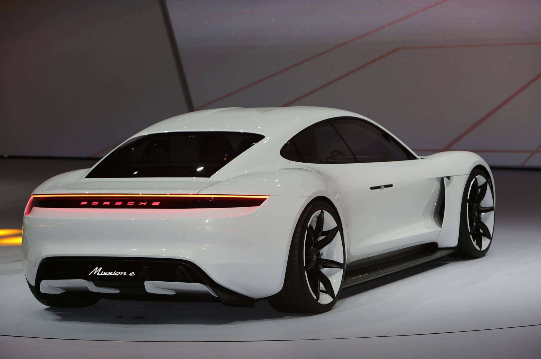 54 Concept of 2020 Porsche Cayenne Turbo S History by 2020 Porsche Cayenne Turbo S