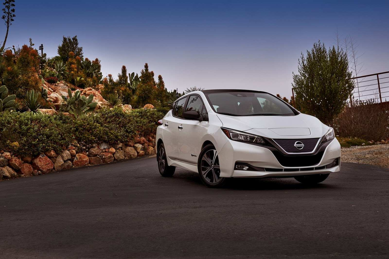 56 Gallery of 2020 Nissan Leaf 60 Kwh Battery Reviews with 2020 Nissan Leaf 60 Kwh Battery