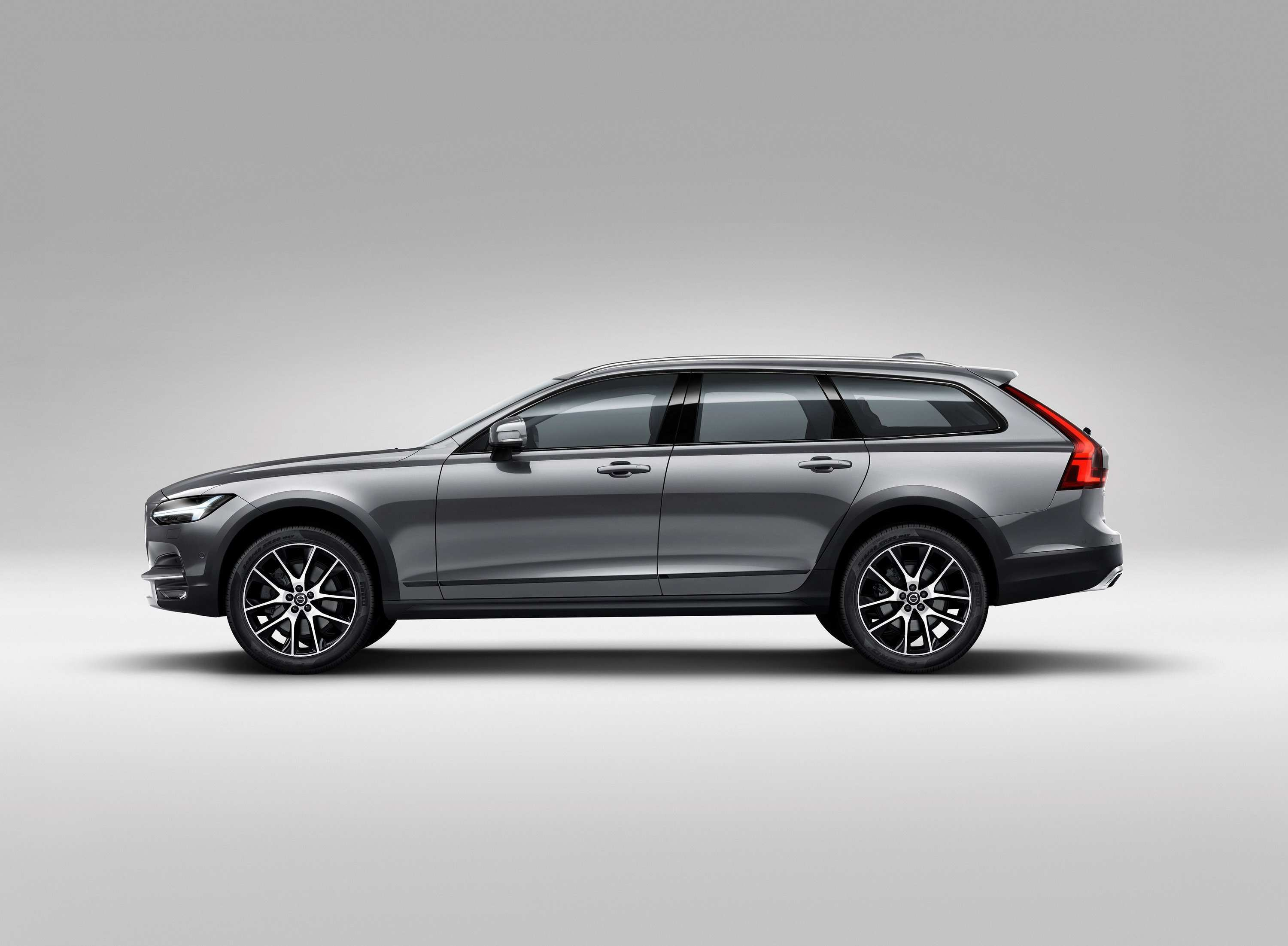 2020 Volvo Xc70 New Generation Wagon First Drive