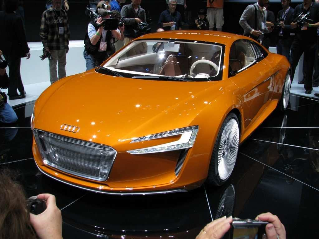 60 Concept of 2020 Audi R8 E Tron Model with 2020 Audi R8 E Tron
