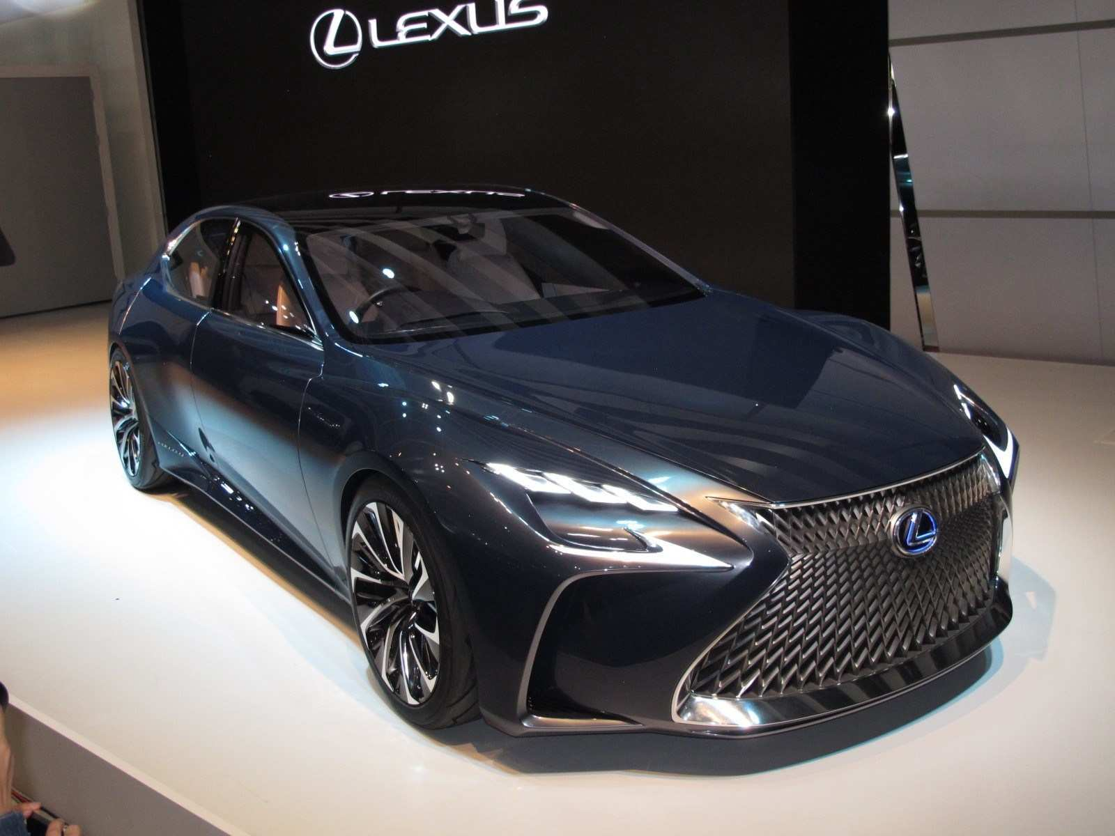 64 Concept of 2020 Lexus LSs Exterior and Interior by 2020 Lexus LSs