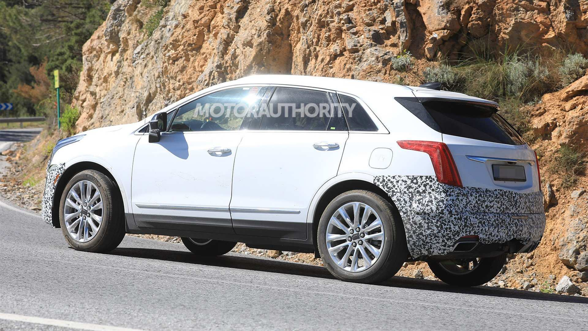 64 New Spy Shots 2020 Cadillac Xt5 Prices by Spy Shots 2020 Cadillac Xt5