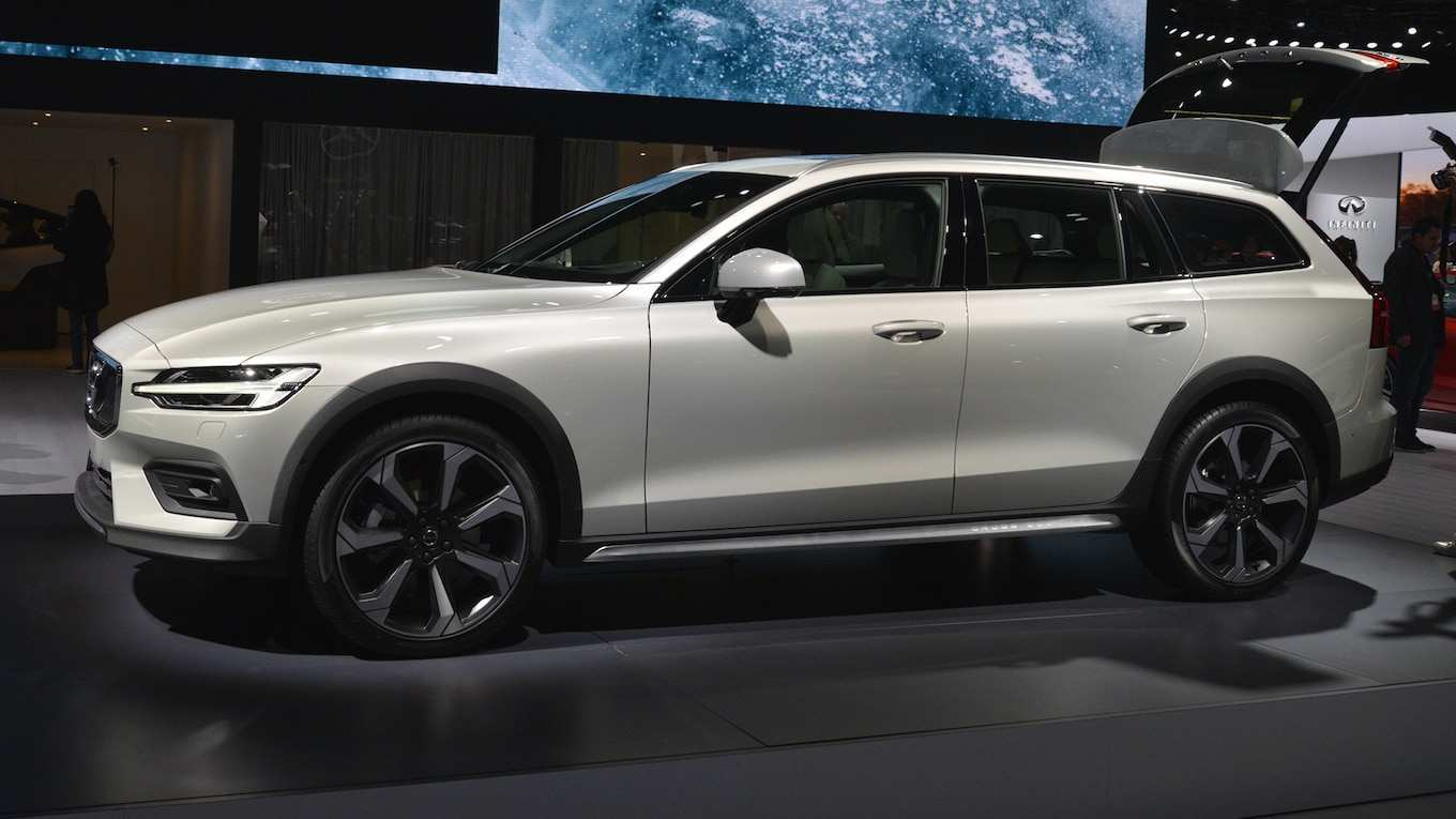 68 New 2020 Volvo V60 Cross Country First Drive for 2020 Volvo V60 Cross Country