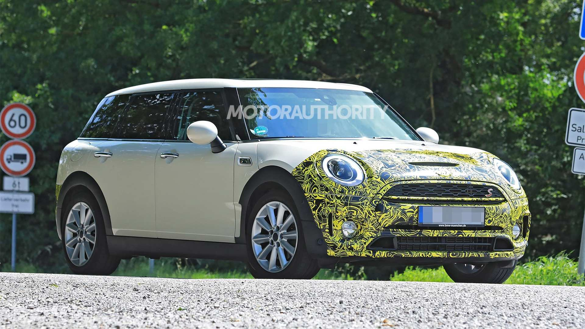 70 Concept of 2020 Mini Cooper Convertible S Exterior and Interior with 2020 Mini Cooper Convertible S