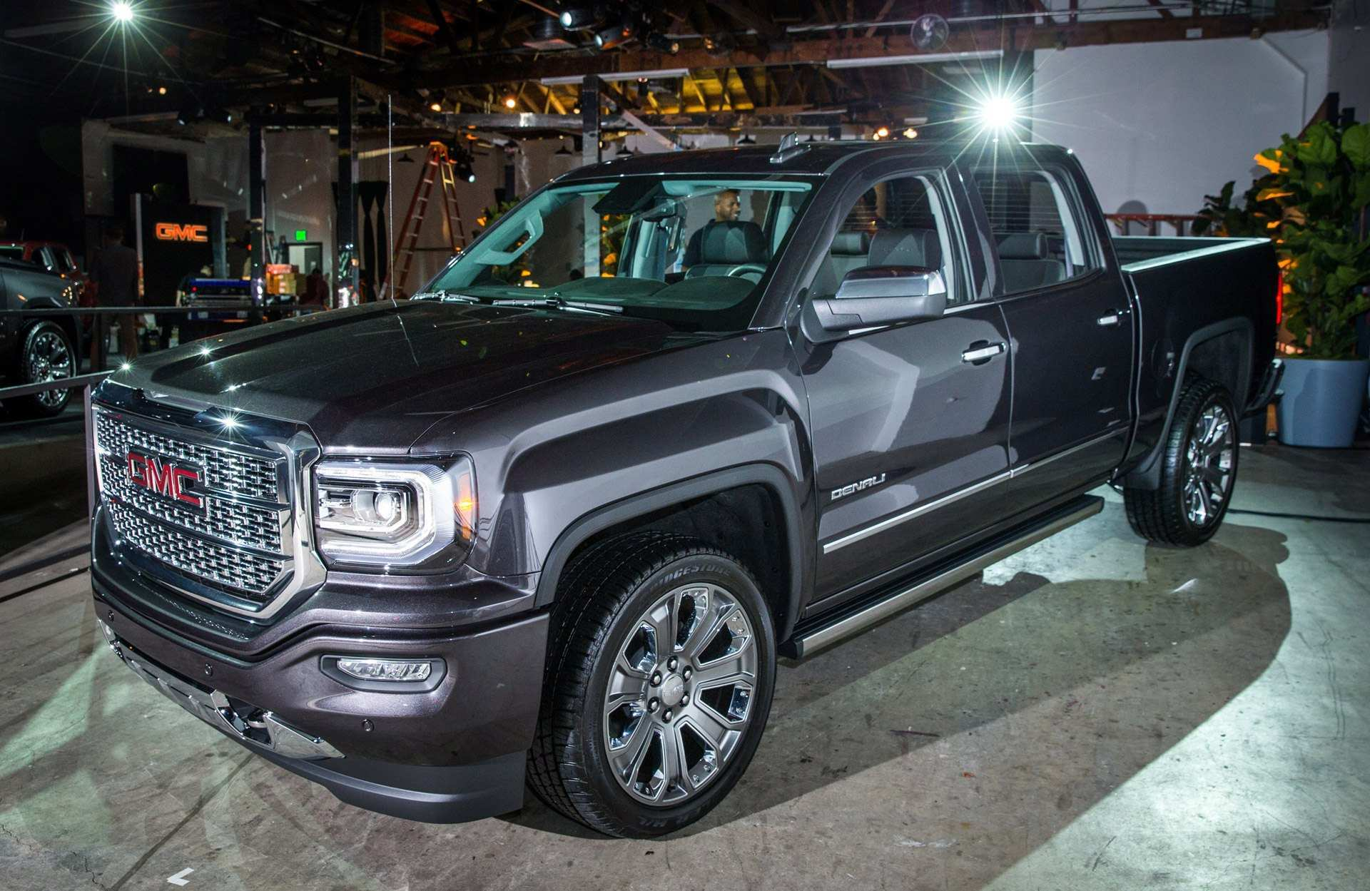 72 Best Review 2020 GMC Canyon Denali Spy Shoot with 2020 GMC Canyon Denali