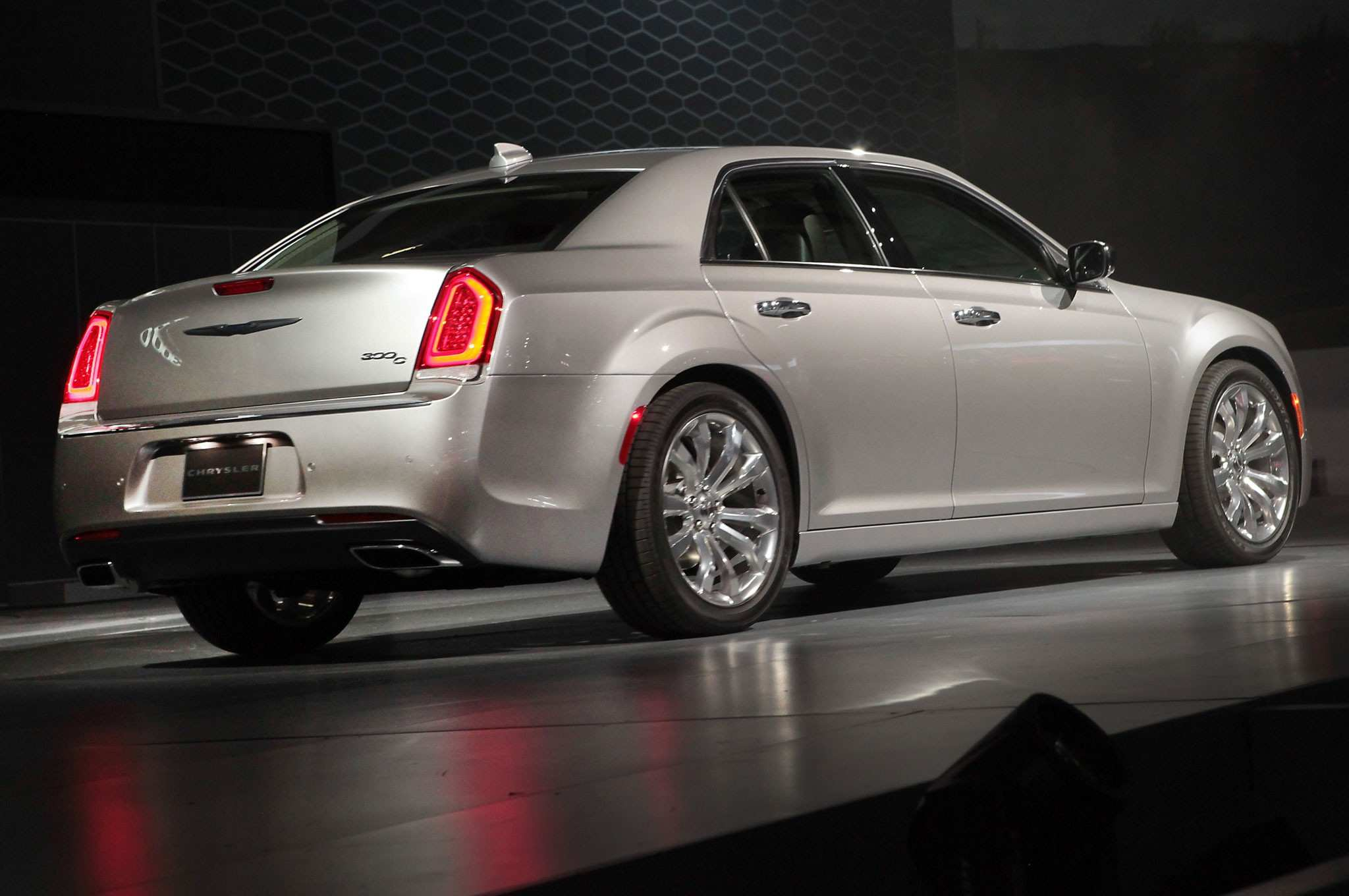 73 All New 2020 Chrysler 300 Srt 8 Reviews by 2020 Chrysler 300 Srt 8