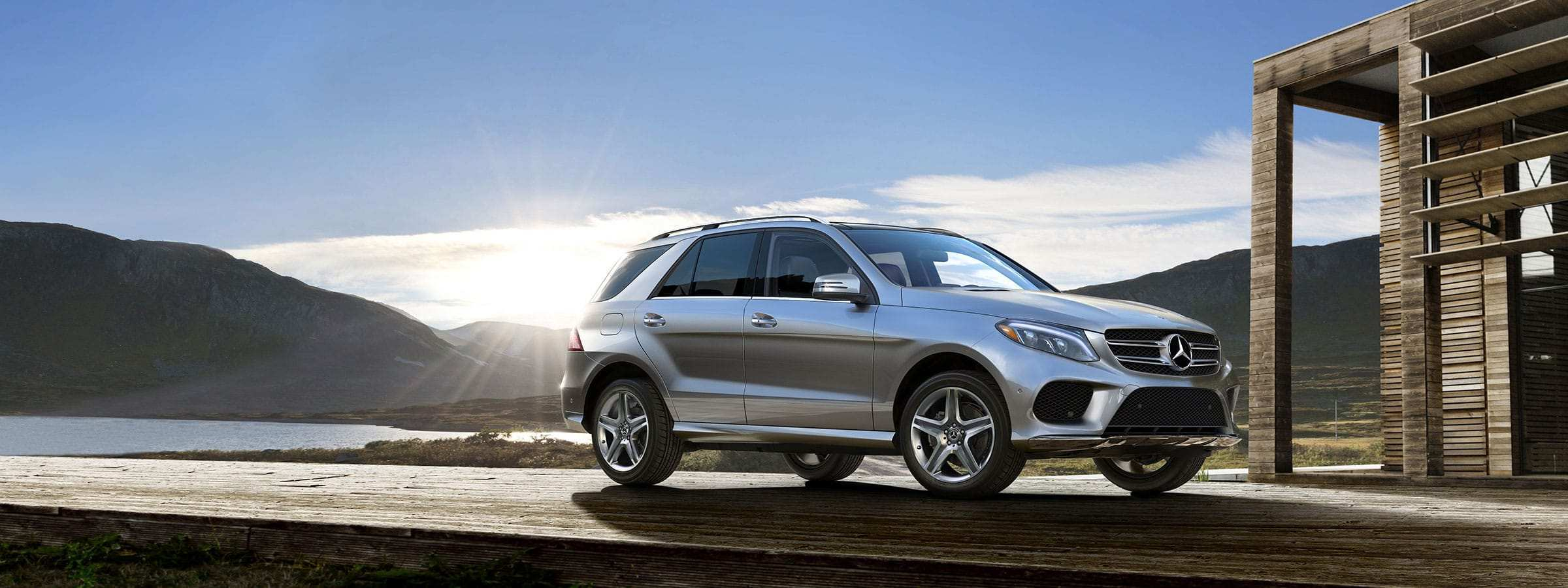 2020 Mercedes ML Class 400 Wallpaper