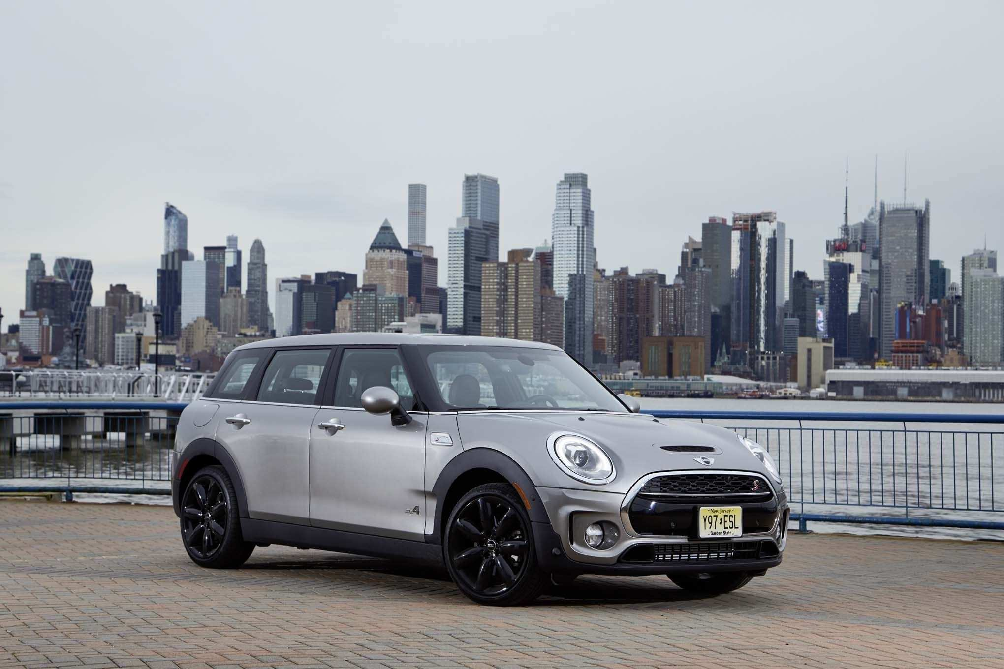 81 Gallery of 2020 Mini Cooper Clubman Wallpaper by 2020 Mini Cooper Clubman