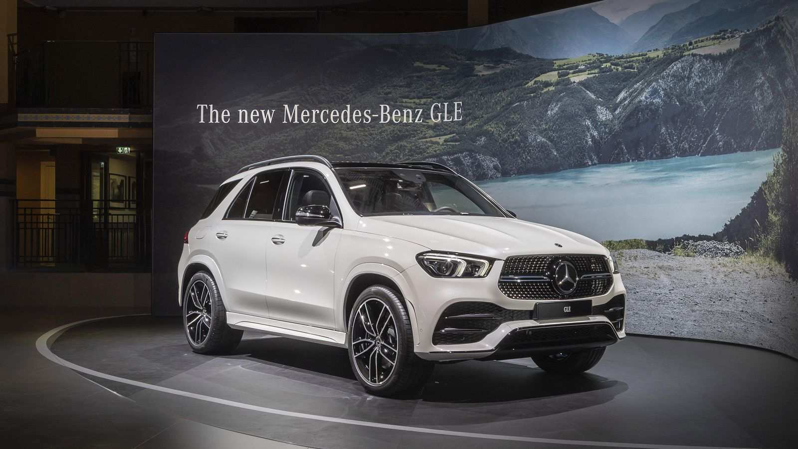 2020 Mercedes ML Class 400 Exterior and Interior