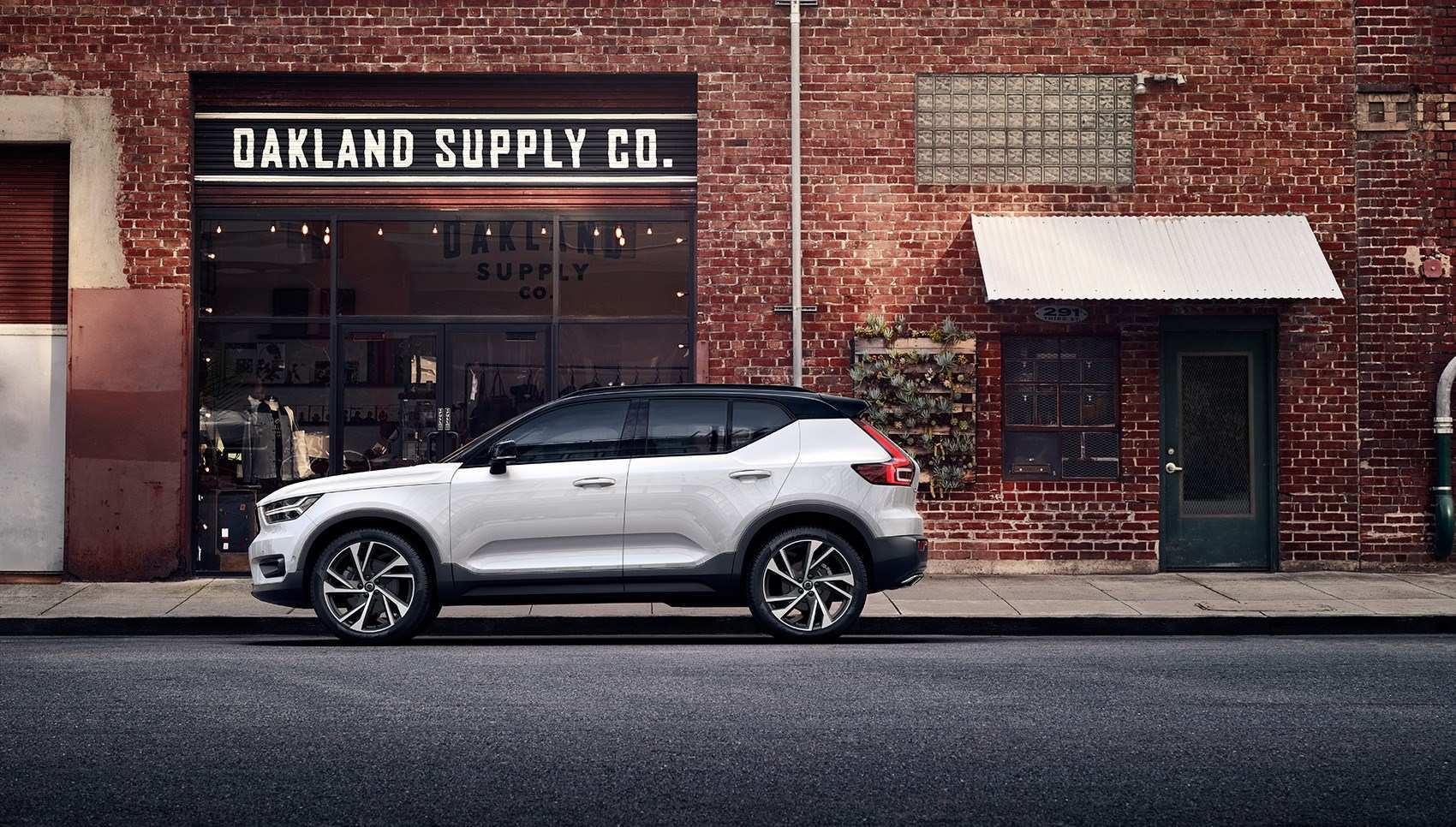 84 New 2020 Volvo Xc40 Brochure Reviews by 2020 Volvo Xc40 Brochure