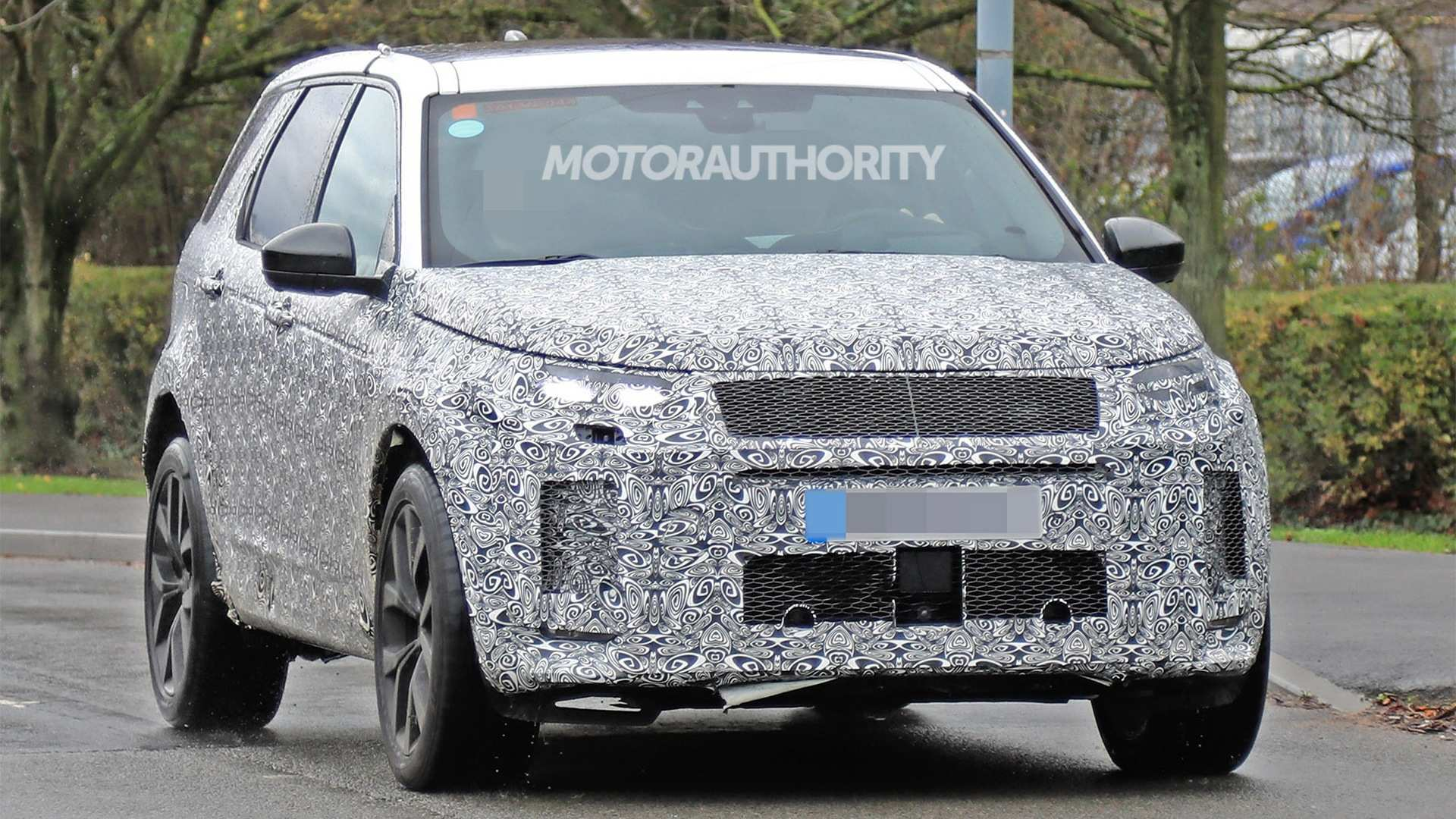 90 Concept of 2020 Land Rover LR4 Performance and New Engine with 2020 Land Rover LR4