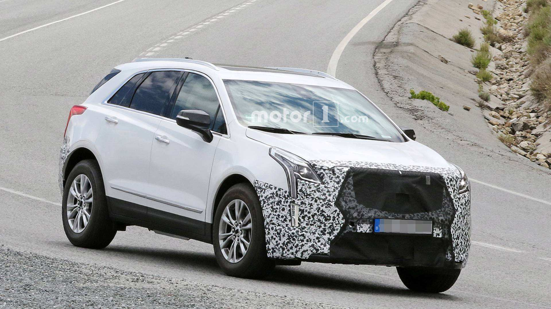 91 All New 2020 Spy Shots Cadillac Xt5 Price and Review with 2020 Spy Shots Cadillac Xt5