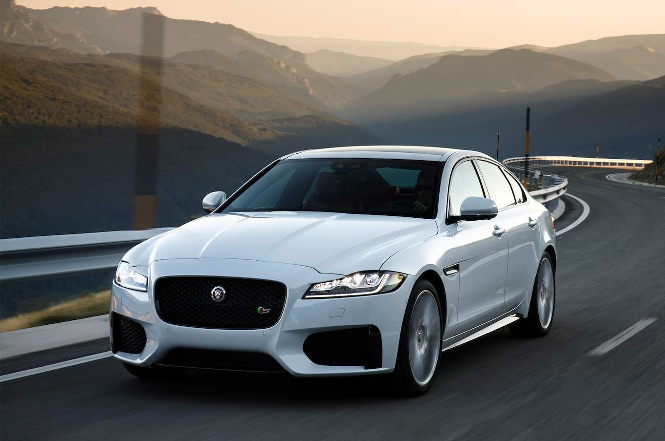 92 Gallery of Jaguar Xf 2020 Concept for Jaguar Xf 2020