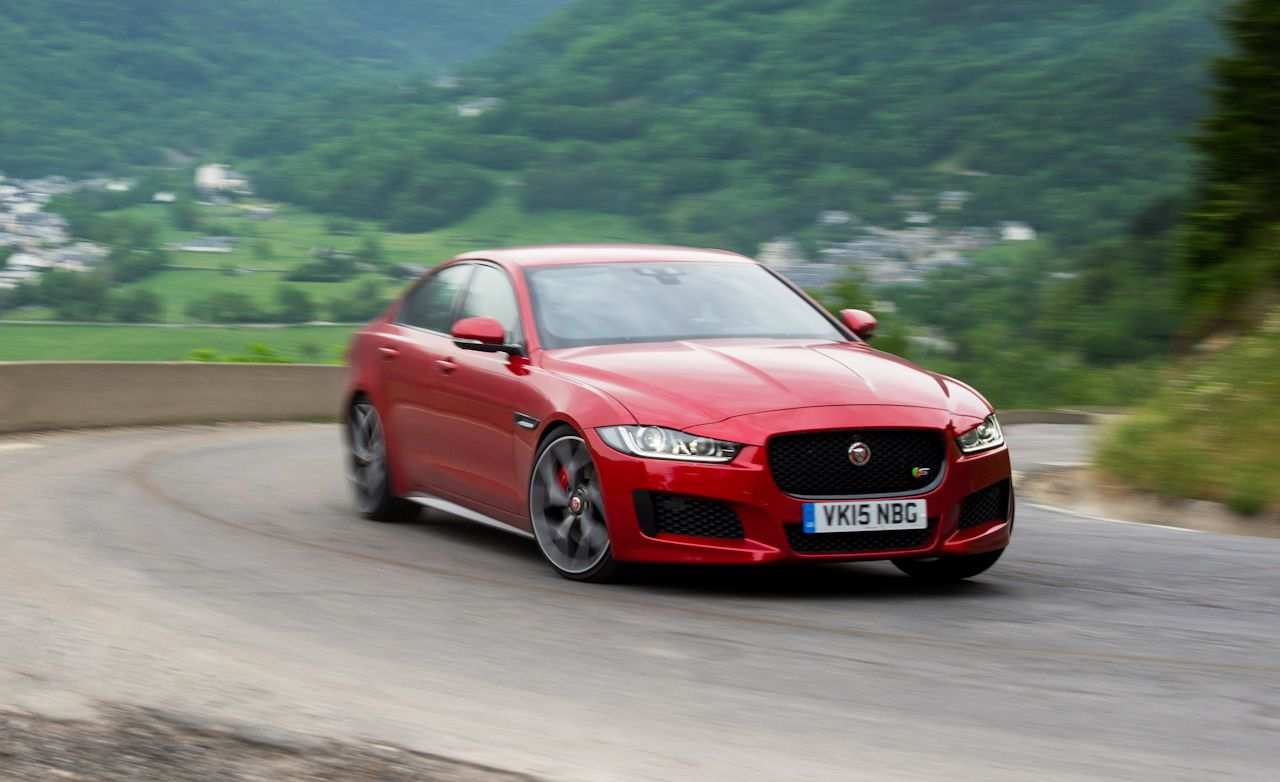 93 Concept of 2020 Jaguar Xe Landmark Performance with 2020 Jaguar Xe Landmark