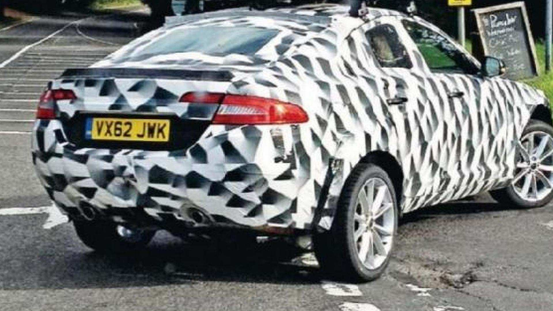 96 Gallery of 2020 Jaguar Xq Crossover Exterior with 2020 Jaguar Xq Crossover