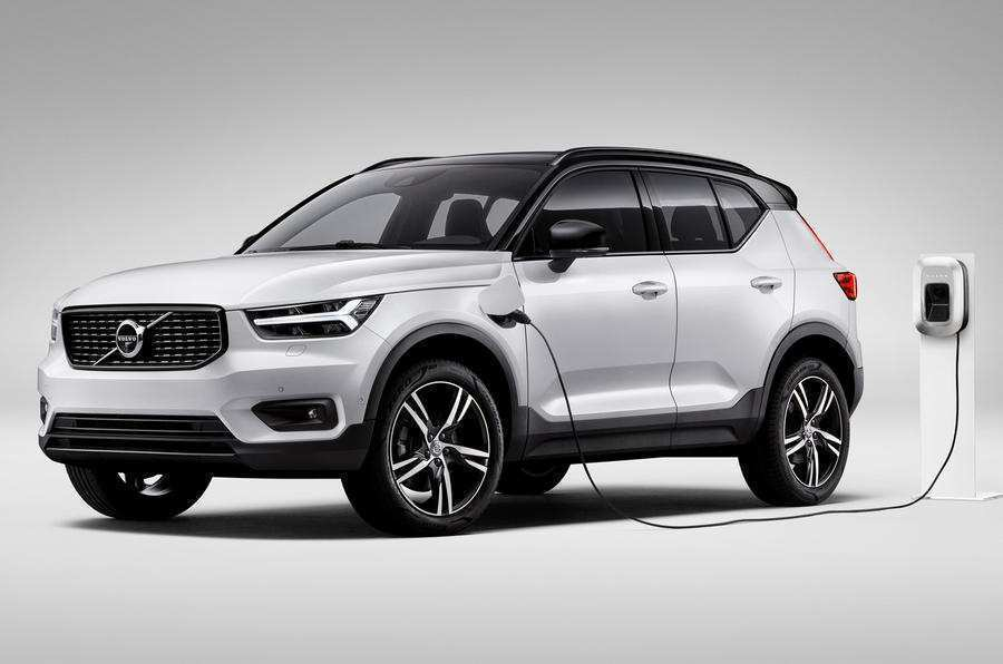 99 Gallery of 2020 Volvo Xc40 Uk Concept by 2020 Volvo Xc40 Uk