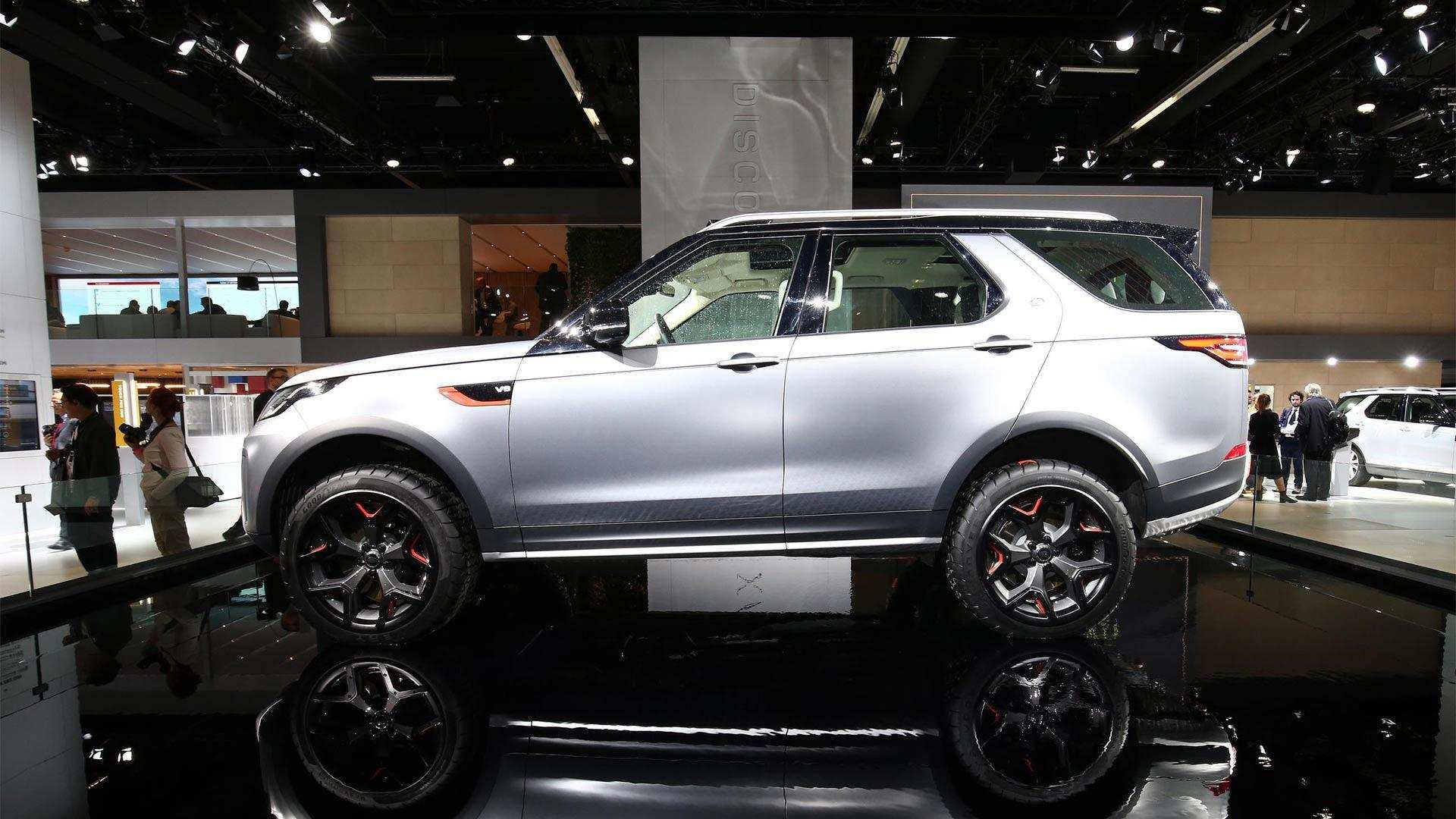 11 All New 2019 Land Rover Discovery Svx Picture with 2019 Land Rover Discovery Svx