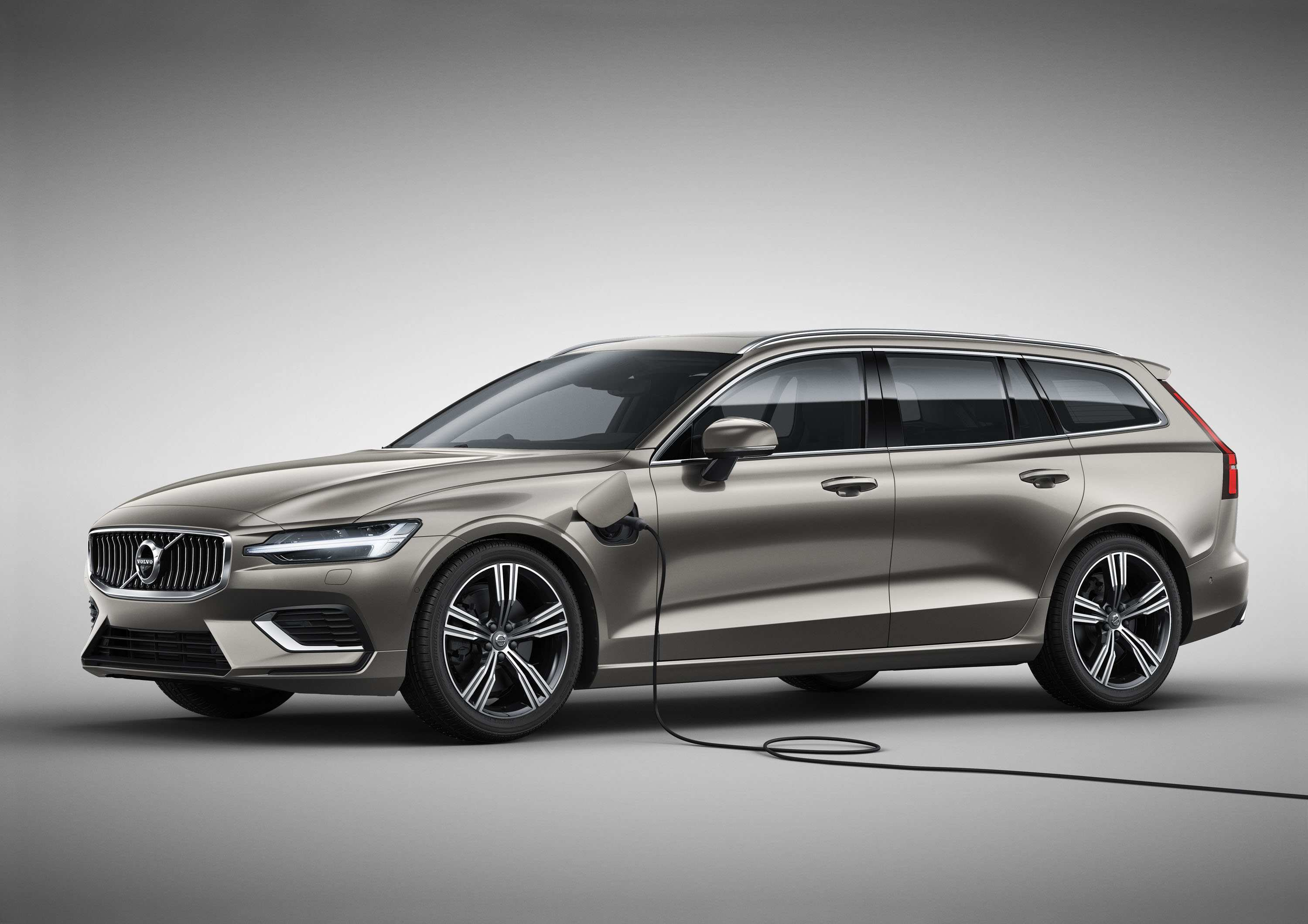11 The 2019 Volvo Wagon Interior with 2019 Volvo Wagon
