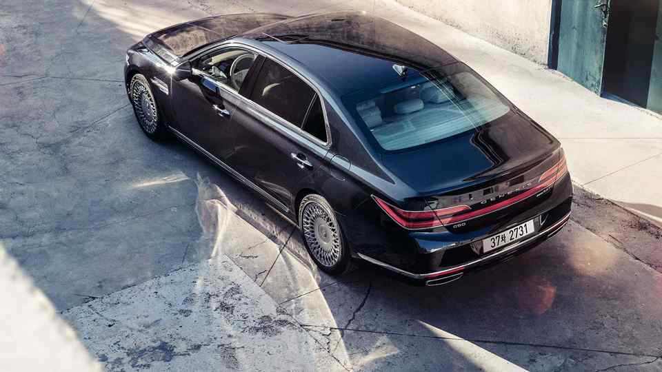 13 New 2019 Genesis G90 Configurations with 2019 Genesis G90