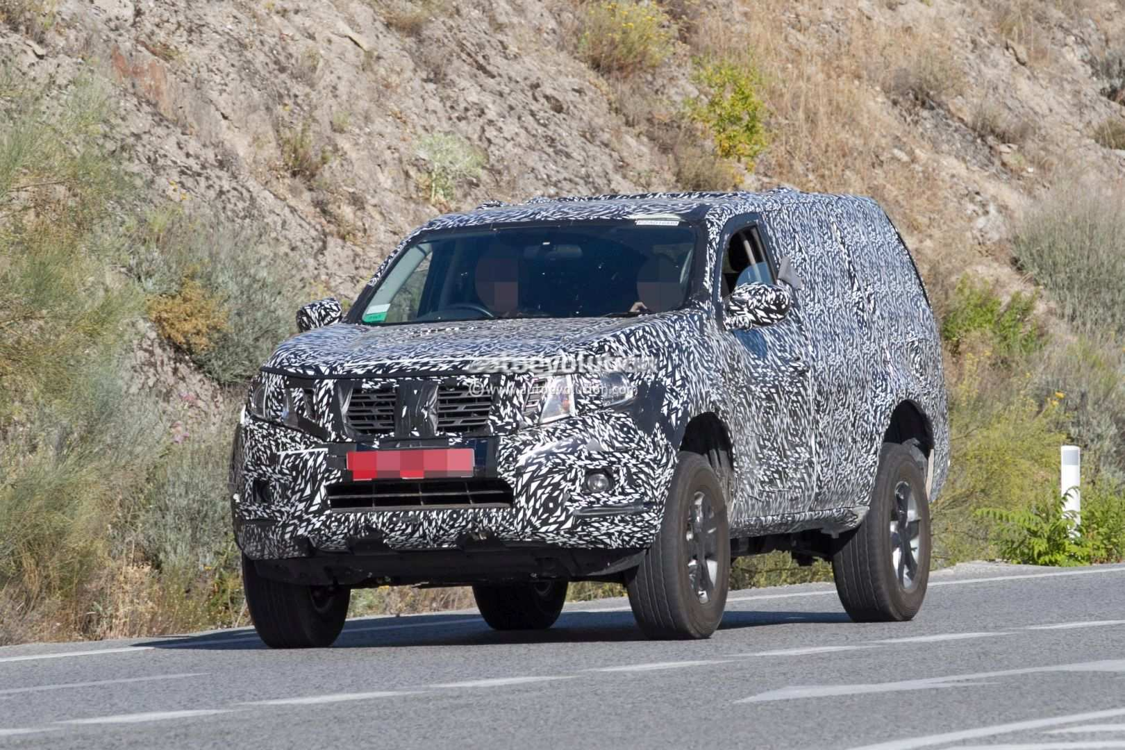 13 The 2019 Nissan Pathfinder Spy Shots Pictures with 2019 Nissan Pathfinder Spy Shots