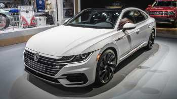 14 Gallery of 2019 Vw Arteon Pictures with 2019 Vw Arteon