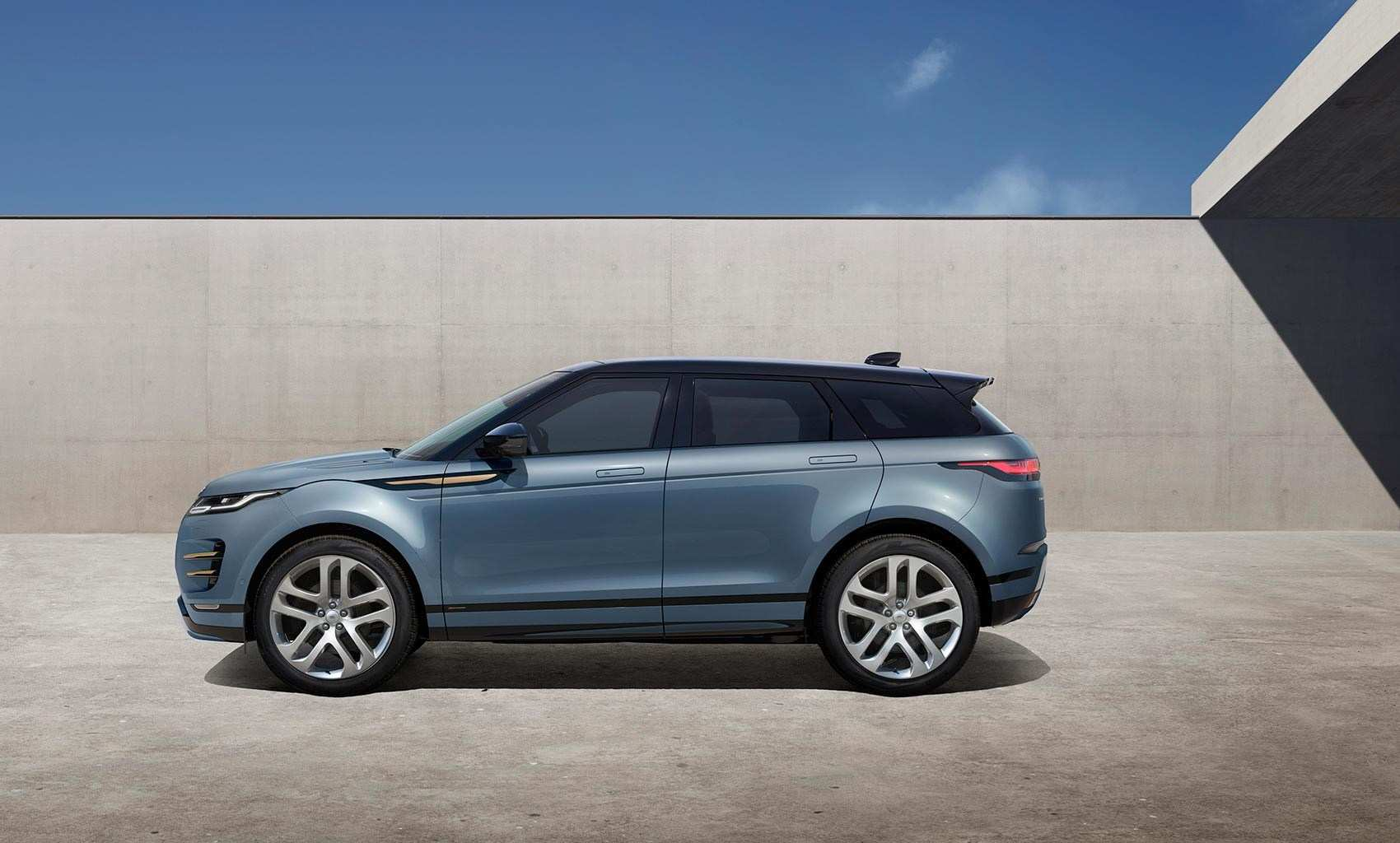 14 The New Land Rover Evoque 2019 First Drive for New Land Rover Evoque 2019