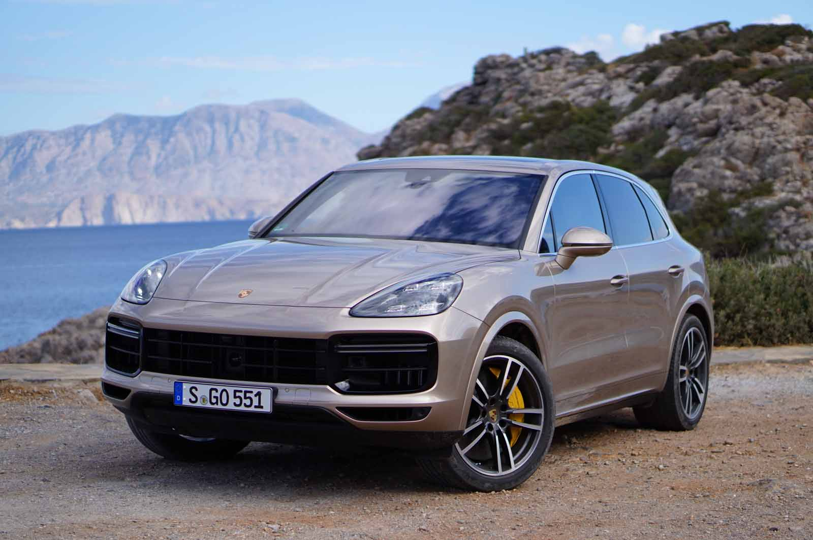 17 Gallery of 2019 Porsche Cayenne First Look Style for 2019 Porsche Cayenne First Look