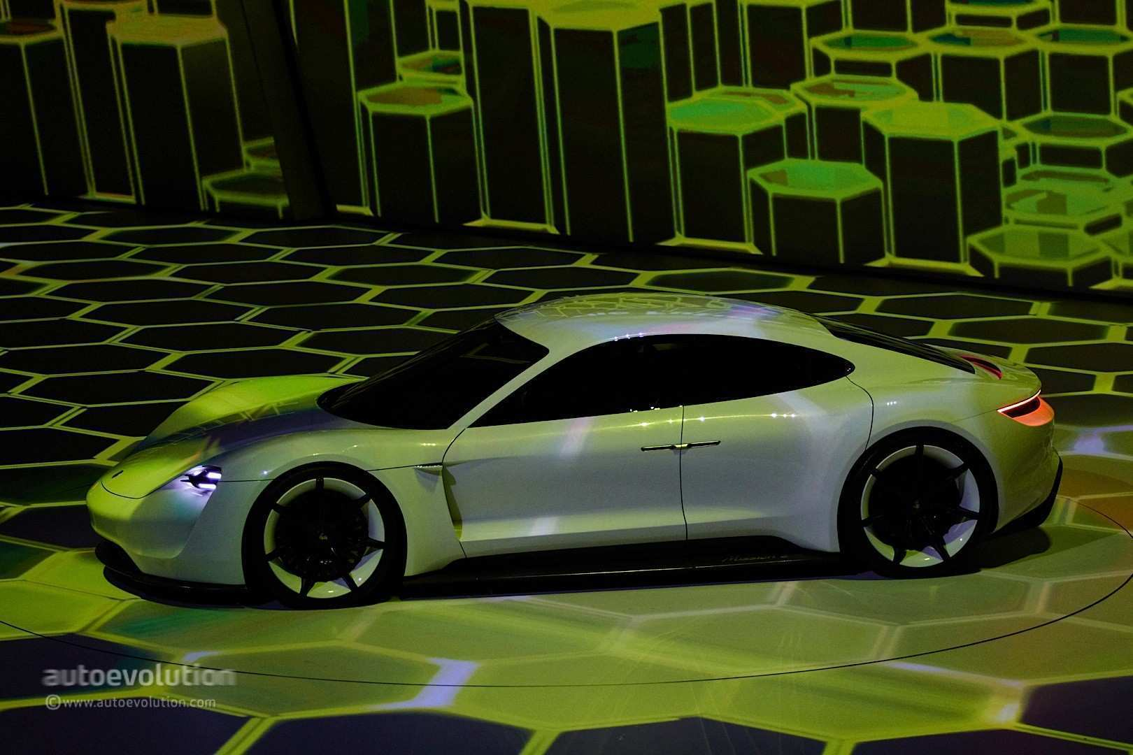 17 The Porsche Concept 2020 New Review by Porsche Concept 2020