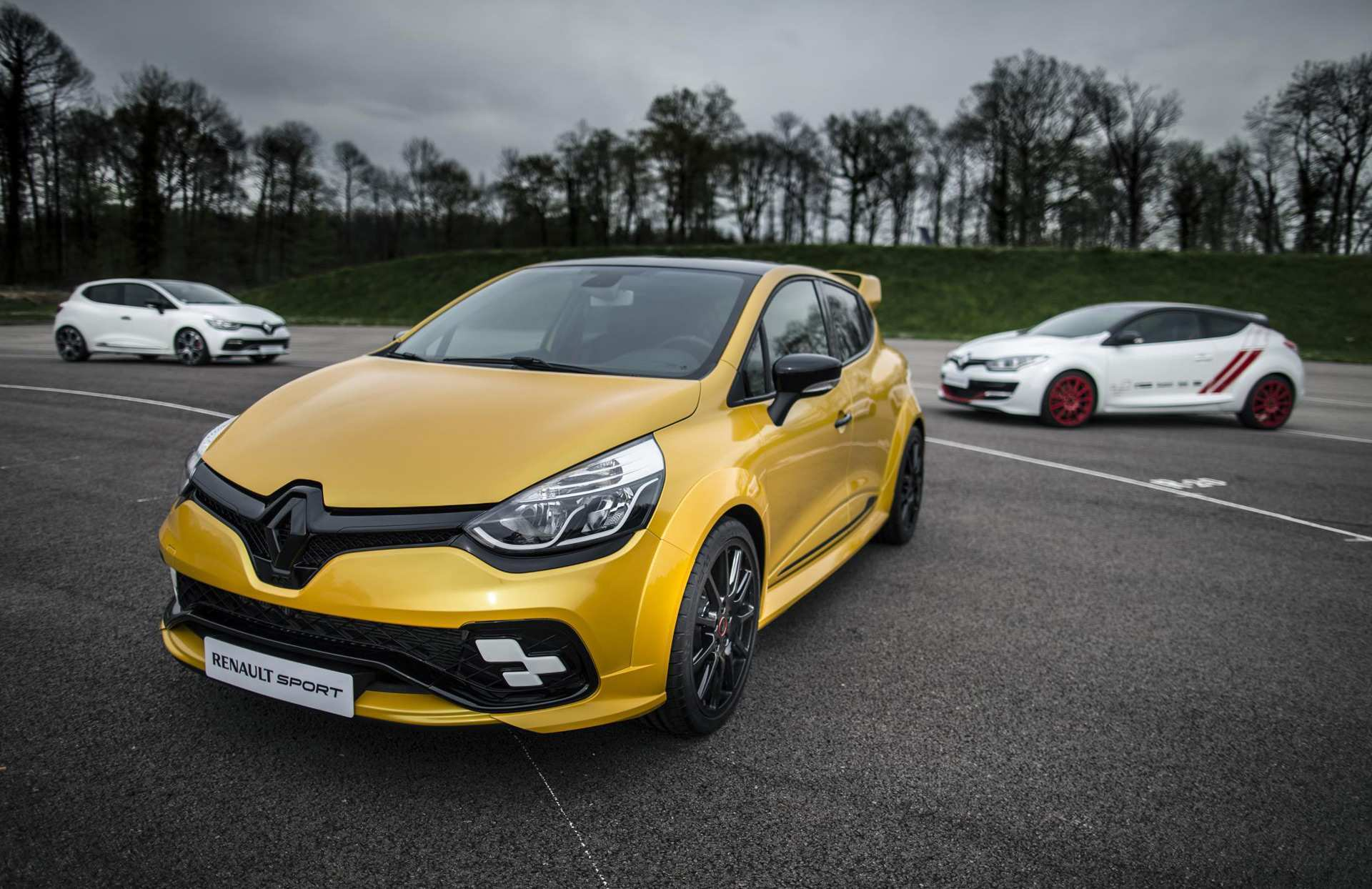 22 Gallery of 2019 Renault Clio Rs Wallpaper by 2019 Renault Clio Rs
