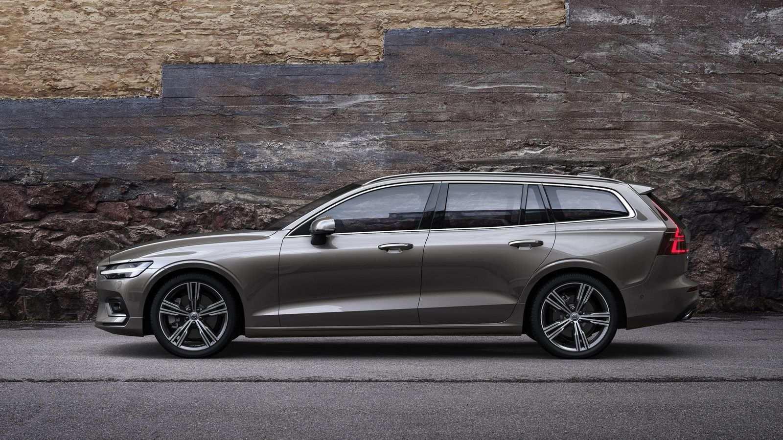 24 Best Review New 2019 Volvo V60 Spy Shoot with New 2019 Volvo V60