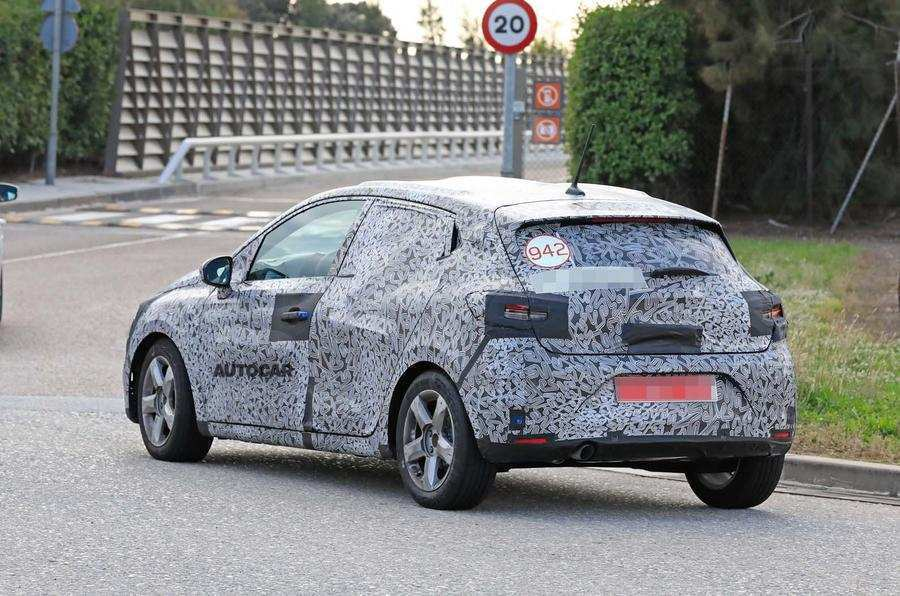 24 New Renault Clio 2019 Spy Performance and New Engine with Renault Clio 2019 Spy