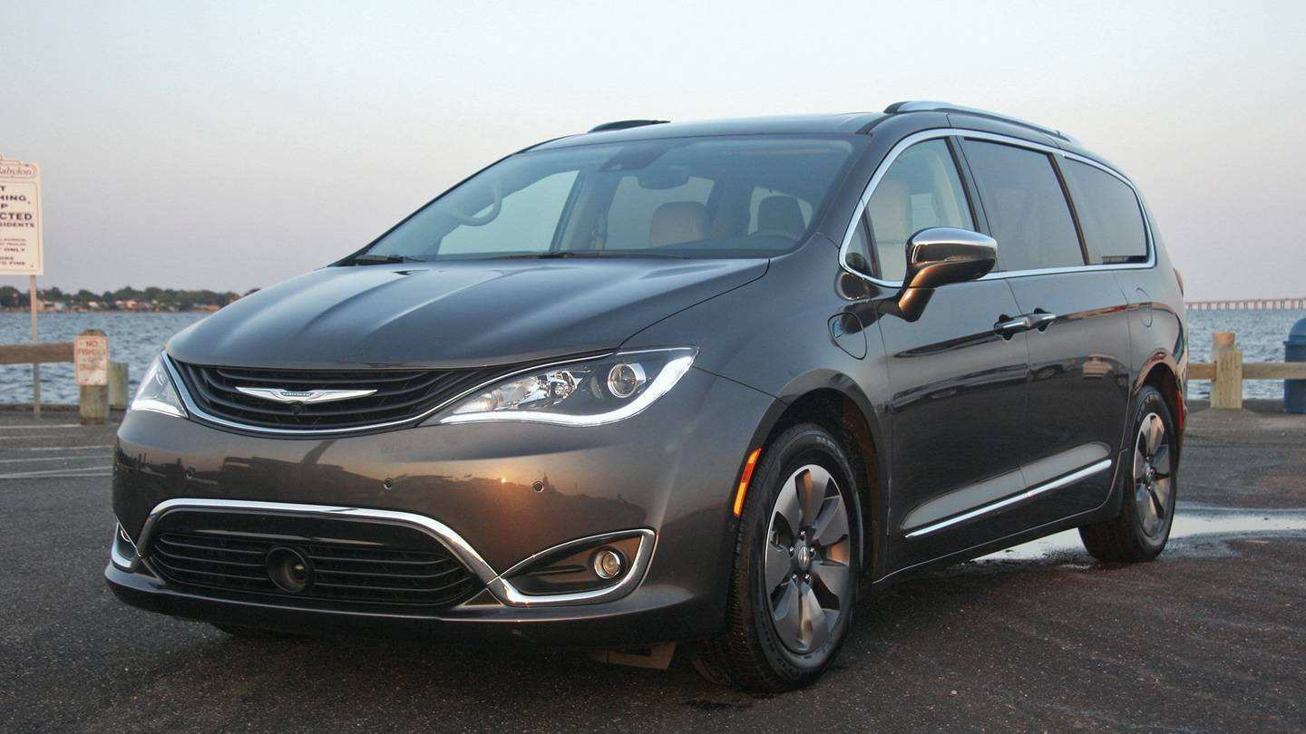 25 Gallery of 2019 Chrysler Pacifica Review Review by 2019 Chrysler Pacifica Review