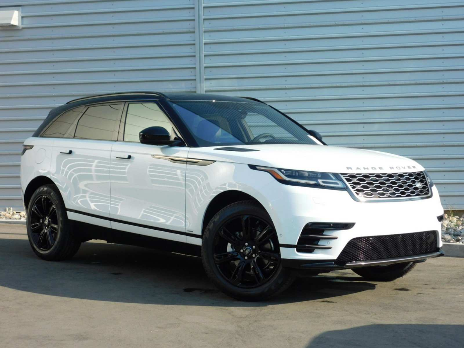 25 Gallery of New Land Rover 2019 Review with New Land Rover 2019