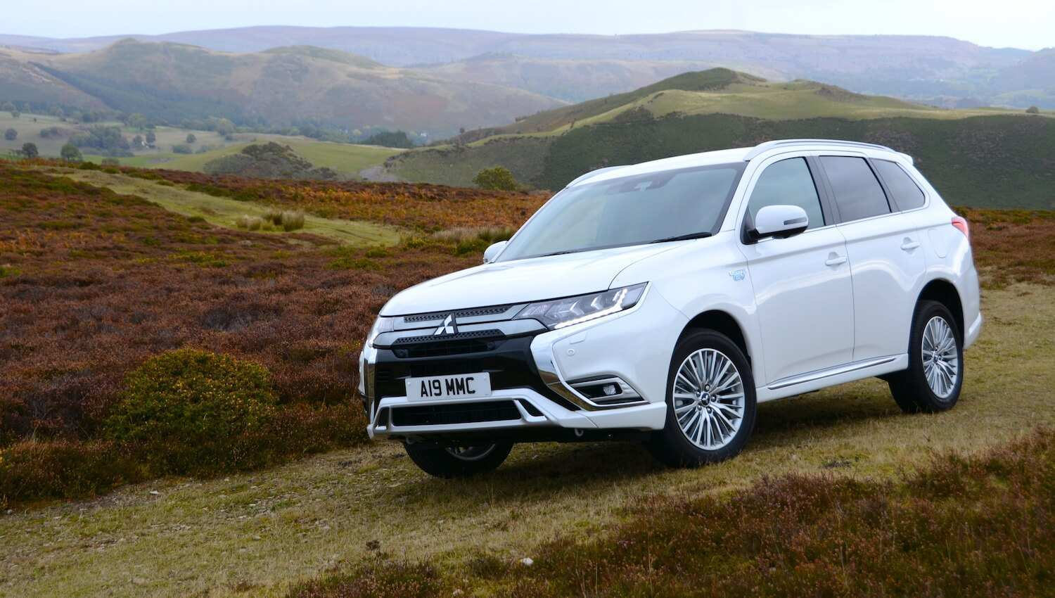 26 All New 2019 Mitsubishi Outlander Phev Review Images with 2019 Mitsubishi Outlander Phev Review