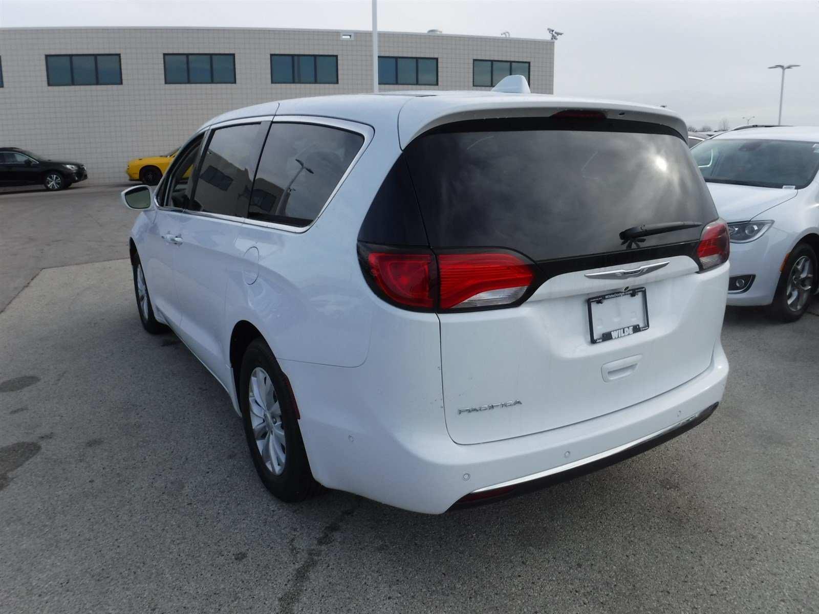 27 The 2019 Chrysler Minivan Performance and New Engine by 2019 Chrysler Minivan