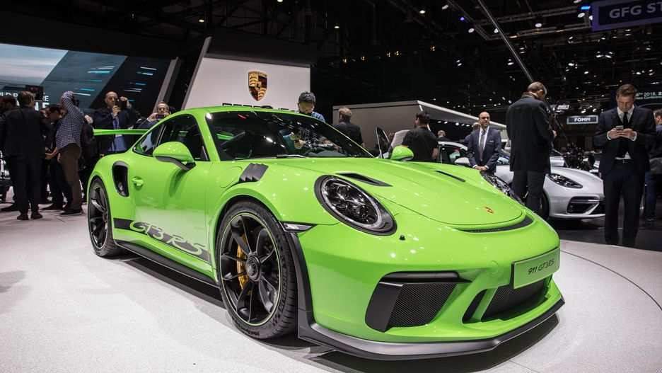 28 Gallery of 2019 Porsche 911 Gt3 Rs Specs with 2019 Porsche 911 Gt3 Rs