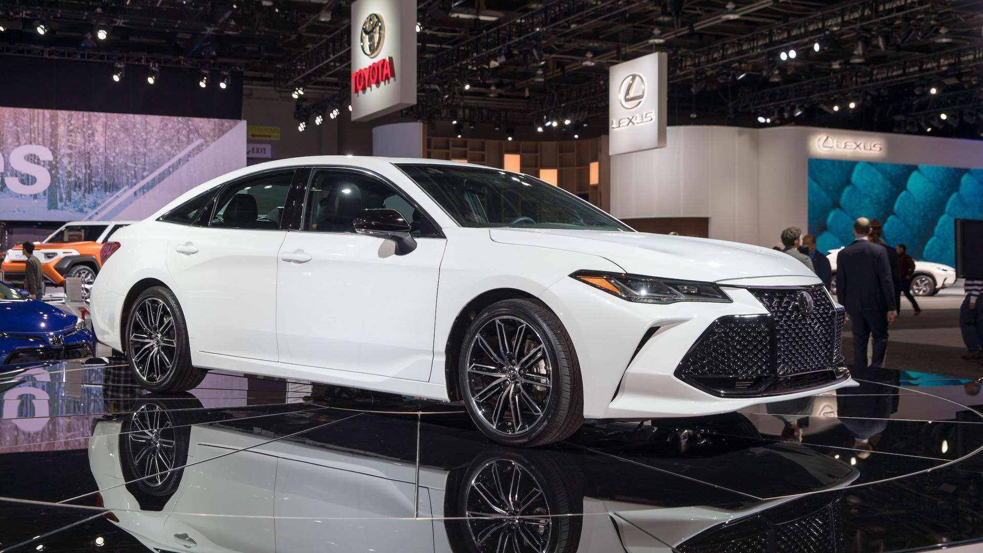 31 Best Review 2019 Toyota Avalon Spy Shoot by 2019 Toyota Avalon