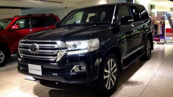 31 Concept of 2020 Toyota Land Cruiser 200 Review with 2020 Toyota Land Cruiser 200