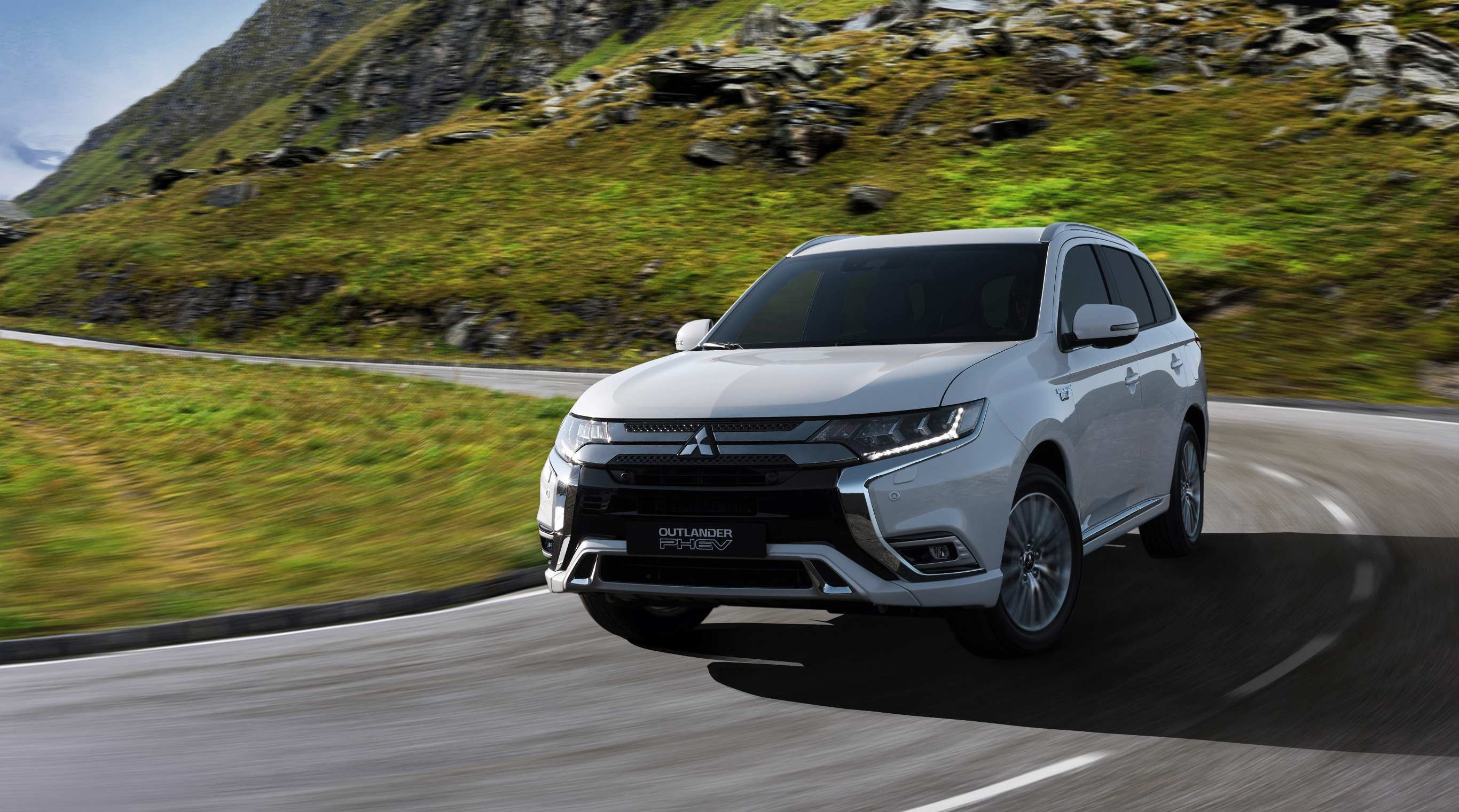 32 Gallery of 2019 Mitsubishi Crossover Engine by 2019 Mitsubishi Crossover